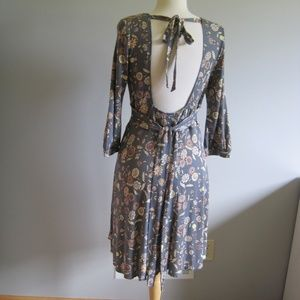 Free People Gray V-neck 3/4 Sleeve Swing Dress